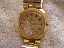 Vintage Modern Waltham Watch Retro Gold Toned Day Date Self-Winding 17 Jewels