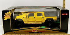 Maisto Hummer Soft Top Die Cast 1:18 w/Display Unit Premiere Edition #36859 NIB
