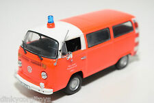 MINICHAMPS VW VOLKSWAGEN TRANSPORTER T2 FEUERWEHR FRANKFURT FIRE MINT CONDITION