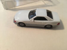 Wiking White Mercedes-Benz 500 SL R129 Scale 1:87 (H0)
