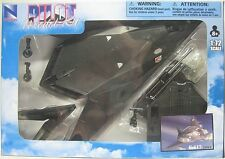 1:72 SCALE  F-117   NEW RAY PILOT MODEL KIT F-117