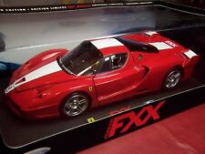 HOT WHEELS ELITE EDITION J8246 FERRARI FXX ENZO F70 SCUDERIA RED RARE 1/18 NIB