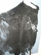 $1.5K VALENTINO AMAZING BLACK 100% CASHMERE AND FRENCH LACE LRG SHAWL WRAP