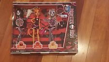 Monster High Fearleading New in Box