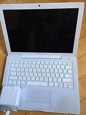 """Apple MacBook A1181 13.3"""" Laptop - MB403LL/A (Early 2008)"""