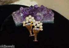 Vintage Brooch Pin Goldtone Rhinestone Double Trophy Pearl Boquet Nice!