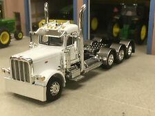 1/64 DCP WHITE 389 PETERBILT TRI AXLE DAY CAB