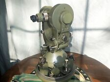 Clean Wild Heerbrugg T2/no.39967 Theodolite w/ Metal Case -w/wood shipping case