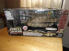Forces of Valor 1/32 German Jagdpanther Germany 1944 80312 Diecast Tank Diorama