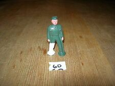 ca 1960'S BARCLAY DIMESTORE LEAD TOY WOUNDED SOLDIER ON CRUTCHES #60
