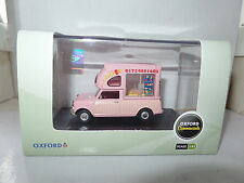 Oxford MP011 1/43 o escala Leyland Mini Batman Ice Cream Van Huskys ICES Rosa