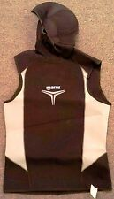 Mares Hooded Vest 5 - 3mm Trilastic 2006 Men's Size SMALL Black White Trim NEW