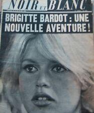 BRIGITTE BARDOT en COUVERTURE de NOIR et BLANC de 1966 PETIOT TAZIEFF VITTI