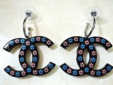 NEW Chanel 2015  ✿*゚SUMMER EX LG  HAND CARVING Daisy Flowers Resin Earrings