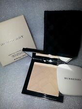 BURBERRY SHEER FOUNDATION LUMINOUS COMPACT FOUNDATION TRENCH 04 NEW IN BOX
