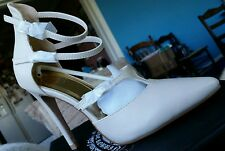 Cape Robbin VENI-BY-12 strappy beige cream stiletto heels new in box size 7 $100