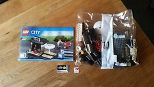 Lego City Coffee Shop Bike & Newspaper Stand Split 60097 Town City Square