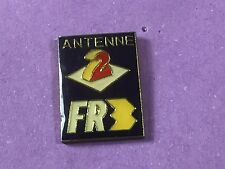 pins pin BADGE MEDIA ANTENNE 2 FR3 ROLAND GARROS