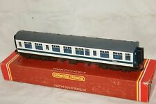 OO gauge GOOD/EXCELLENT Hornby R699 110 DMU Centre Coach BR blue white E59707