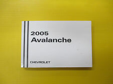 Avalanche 05 2005 Chevrolet Owners Owner's Manual OEM Factory Pickup Truck
