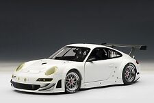 Porsche 911 (997) GT3 RSR 2010, Plain Body Version, White 1:18 AUTOart 81073 New