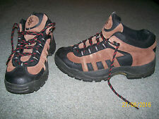 MENS NEVADOS LEATHER WATERPROOF OUTDOOR /HIKING BOOTS/SHOES BROWN/BLK-10