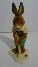 Goebel Bunny Rabbit Ceramic Figurine Playing Golf 33 106-13 West Germany
