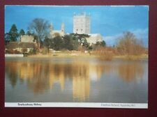 POSTCARD GLOUCESTERSHIRE TEWKESBURY ABBEY - VIEW OVER THE WATER