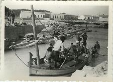 PHOTO ANCIENNE - VINTAGE SNAPSHOT -BATEAU BARQUE PÊCHE SOUS MARINE BALÉARES 1950