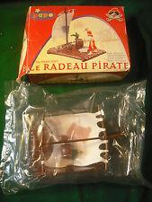 Soldatini Toy Soldiers Papo Zattera Pirati plastica scala 1:32
