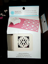 MARTHA STEWART PUNCH ALL OVER THE PAGE - DAISY MEDALLION PATTERN
