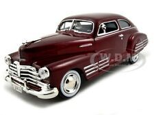 1948 CHEVROLET FLEETLINE AEROSEDAN METALLIC RED 1:24 MODEL CAR BY MOTORMAX 73266