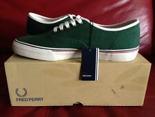 BNIB MENS/BOYS FRED PERRY SPORTSWEAR CLARENCE PIQUE CANVAS IVY (GREEN) SIZE 7