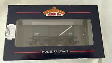Bachmann 37-225D 16 Ton Mineral Steel Wagon with Top Flap Doors BR Grey