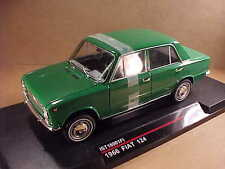 iST Models 1/18 Diecast 1966 Fiat 124 4-Door Sedan, Bright Green   #IST18001FI