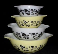 Pyrex GOOSEBERRY YELLOW & BLACK *4 PC CINDERELLA MIXING BOWL SET*#1