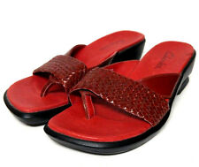 Clarks Slip On Thong Sandals Flip Flops Red Black Leather Women's 8 Casual Shoes