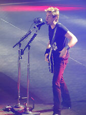 NICKELBACK HERE AND NOW  TOUR PHOTO`S(Long Road,The Right Reasons,Silver Side Up