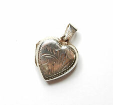 Vintage 925 Sterling Silver HEART SHAPE PATTERNED PHOTO PICTURE LOCKET 3.5g
