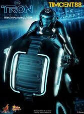 Ready! Hot Toys Sideshow TRON Lagacy 1/6 Sam Flynn Hedlund Figure & Light Cycle