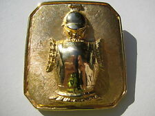 VTG.SIGNED HATTIE CARNEGIE YELLOW GOLD TONE METAL KNIGHT SHIELD ARMOUR BROOCH
