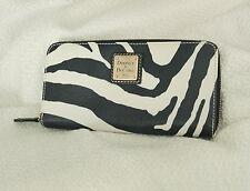 Dooney & Bourke Brand new Women's  leather zipper wallet purse