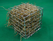 Grand hay cube cage feeder rack/jouet pour lapin, chinchilla, cobaye