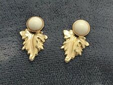 NEW 14k Yellow Solid Gold Pearl Leaf Shaped Stud Earrings