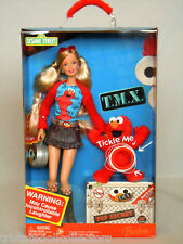 SESAME STREET T.M.X. Laughing TICKLE ME ELMO & BARBIE (Drew ,B2)_K5499_NRFB