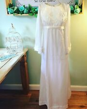 ELEGANT TRUE VINTAGE 1970'S HANDMADE WHITE WEDDING DRESS DETACHABLE TRAIN SIZE 6