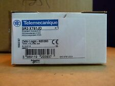 Schneider Telemecanique SR3 XT61JD zelio logic expansion module relay (O0)