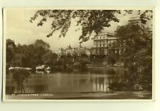 tp7034 - London - St. James's Park and Lake, &  London in background - Postcard