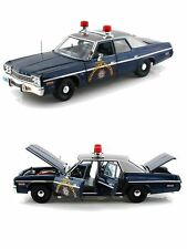 1:18 AUTOWORLD  1975 DODGE MONACO PURSUIT NEVADA STATE POLICE HIGHWAY PATROL