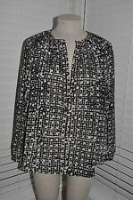 MICHAEL KORS sz XS Black/Gray Print Chiffon Split Neck Gold Grommet Blouse Top